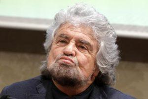 Beppe Grillo lui sì che sa come fare andare più veloci i bus: basta ridurre le fermate