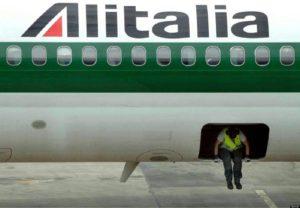 Alitalia, 4 mila esuberi. Dopo dieci anni, 7 mld (2 mln al giorno) dei nostri soldi persi