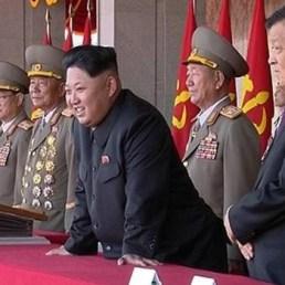 Kim s gode la parata militare