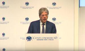 """Gentiloni promette: """"Ridurrò le tasse"""". A tutti o solo ai """"poveri"""" della Boldrini?"""