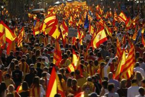Referendum, Catalogna: no da Francia e Germania. Ora il Lombardo Veneto...e Berlusconi si sfila