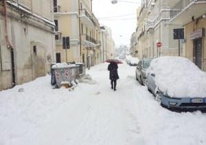 Meteo, perturbazione in avvicinamento: neve a bassa quota, piogge intense e fine settimana invernale