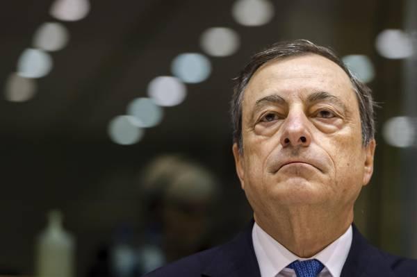 Mario Draghi, rieccolo! Palazzo Chigi lo aspetta? La Merkel lo conosce, italienisch...