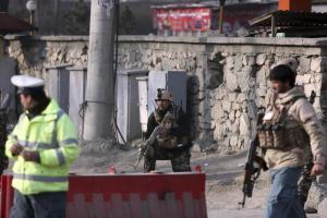 Kabul: kamikaze contro agenzia di stampa, poi un'altra esplosione. Almeno 40 morti, quasi tutti civili