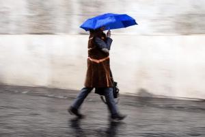 Meteo, maltempo sull'Italia: pioggia, vento e l'allerta arancione della Protezione Civile