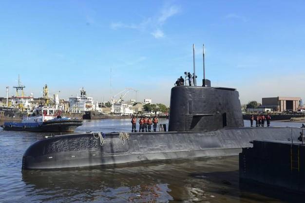 """Sottomarino scomparso, dopo rinuncia ricerche ora ministro Difesa ammette: """"Tutti morti"""""""