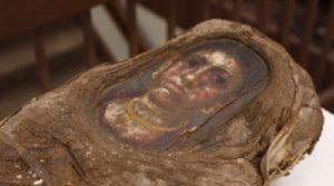Mummia di una bambina vissuta duemila anni fa: misteri e rivelazioni a Chicago