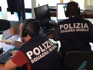"""""""Caccia allo sbirro"""": poliziotti messi alla gogna, vergognosa pagina Facebook"""