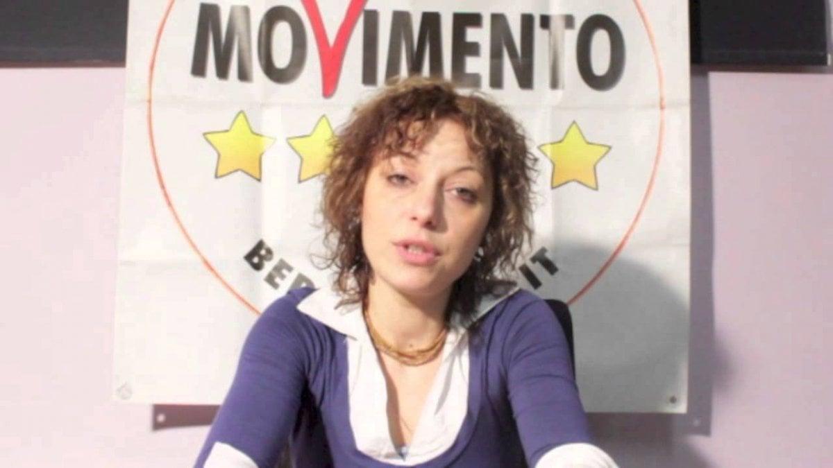 Torino, polemica consigliera M5s: usa auto di servizio per prendere figlia a scuola