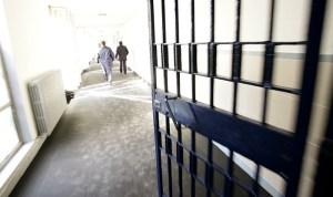 In carcere ma al telefono: in Italia boom di sequestri di sim e cellulari nelle prigioni