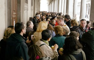 Statali, arrivano gli arretrati a pochi giorni dal voto: aumenti a marzo