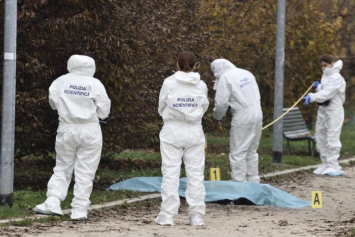 Milano, omicidio di Marilena Negri: le telecamere hanno filmato il sospetto assassino