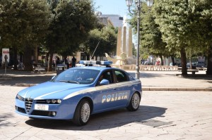 Foggia: Accoltella e uccide la moglie, poi con la stessa arma tenta il suicidio