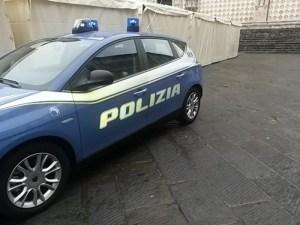 Firenze, incendio nell'armeria della questura: esplosioni e fiamme, morto un poliziotto