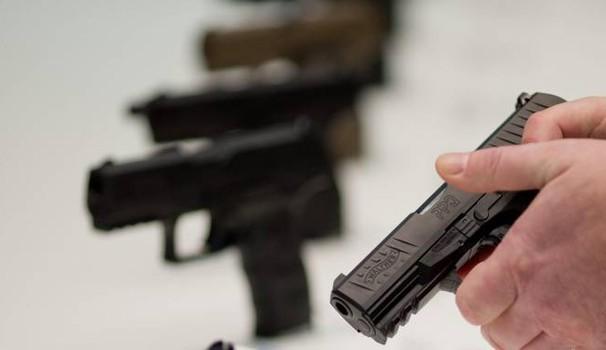 """Padova, la decisione della questura: """"Via le armi a mariti e compagni violenti"""""""
