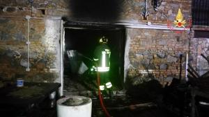 Catanzaro, incendio doloso in un pub: due morti carbonizzati
