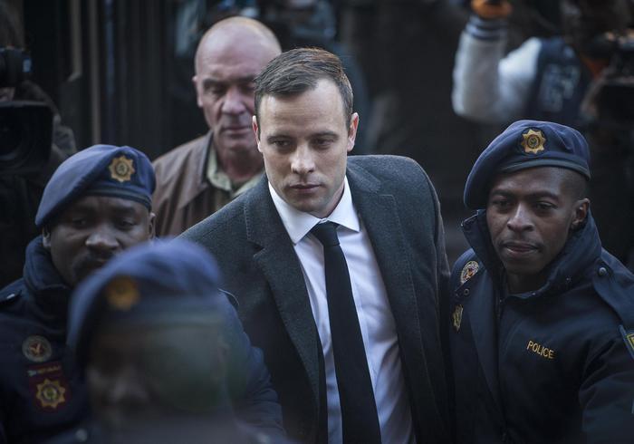Oscar Pistorius resta in carcere: la Corte Suprema del Sudafrica ha respinto la richiesta di revisione della condanna a 13 anni
