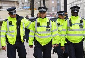 Londra violenta, ragazzo ucciso con un colpo alla testa: altri due feriti nella capitale. E' il 60esimo omicidio dall'inizio del 2018