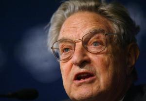 """George Soros: """"Putin e Salvini molto vicini. Il ministro: """"Mai ricevuto soldi"""""""