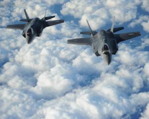 """Difesa, il ministro Trenta: """"Non compreremo altri F-35. Valutiamo se mantenere o tagliare i contratti in essere"""""""