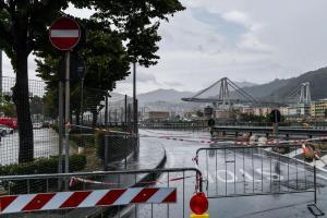"""Ponte Morandi, Autostrade pubblica online testo della convenzione: """"Pubblicato per rispondere alle polemiche e alle strumentalizzazioni che dominano il dibattito pubblico sul tema"""""""