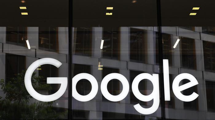 """Google, l'accusa del Nyt: """"Licenziati 48 dipendenti in due anni per molestie sessuali. Licenziato anche il creatore di Android Andy Rubin"""""""