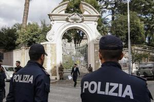 """Roma, le ossa trovate in Nunziatura non sono di Emanuela Orlandi e Mirella Gregori. Procura: """"Datazione prima del 1964"""""""