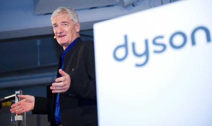 Brexit, il colosso degli elettrodomestici Dyson si trasferisce a Singapore