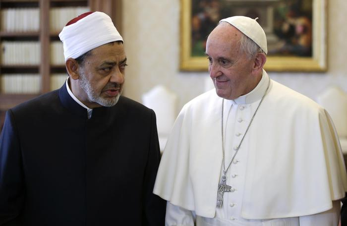 Quanti cristiani ci sono nel mondo? E quanti musulmani? La geografia religiosa secondo Pew Research