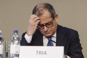 """Commissione Ue all'Italia: """"Nel 2019 il Pil crescerà dello 0,2%"""". Tria: """"Non servirà una manovra correttiva"""""""