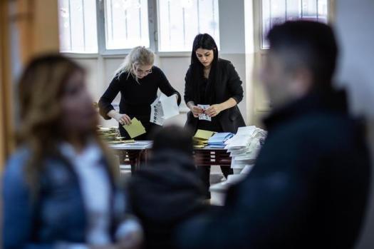 Elezioni Turchia, Erdogan perde Ankara e Istanbul: opposizione vince dopo 25 anni