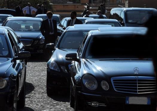 """Auto blu, in arrivo 8.280 vetture per 168 milioni di euro. Di Maio: """" Di tutto per evitarlo, faremo un'indagine interna"""""""
