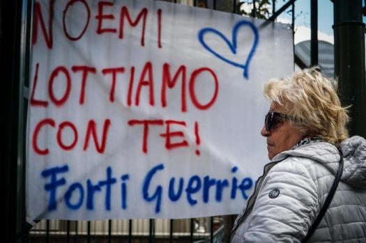 Napoli, arrestato l'uomo che ha sparato a Noemi: lei si è svegliata e ora respira da sola