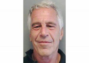 """Jeffrey Epstein, suicidio sospetto. Il collaboratore di John Gotti: """"Qualcuno lo ha aiutato"""""""