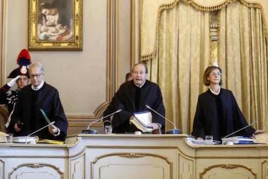 """Suicidio assistito, i medici di Roma: """"Non ci atterremo alla sentenza"""""""