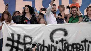 Greta non è di Bibbiano: Salvini non lo ha detto a Pontida, ma sui social poi…