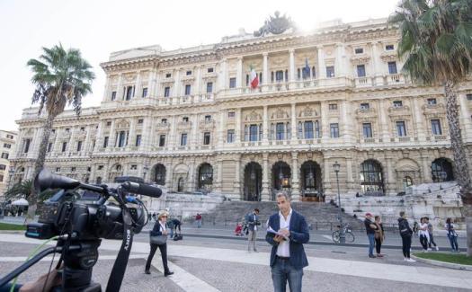 Taglio parlamentari, slitta richiesta referendum: 4 senatori di Forza Italia ritirano la firma