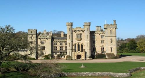 HomeAway mette in palio un soggiorno in un castello del XIV secolo ...