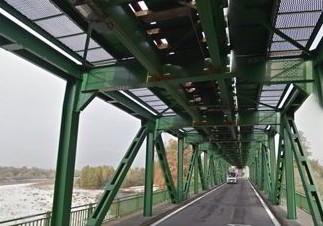 Chiuso il ponte del Ticino per l esplosione della bomba
