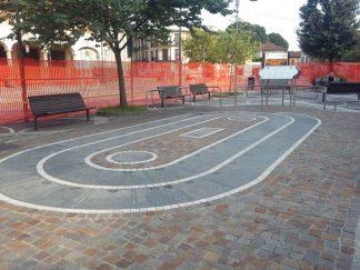 giocooca-324x243 Chiude piazza Lombardia. Tutti contro i lavori in corso Piazza Litta Prima Pagina