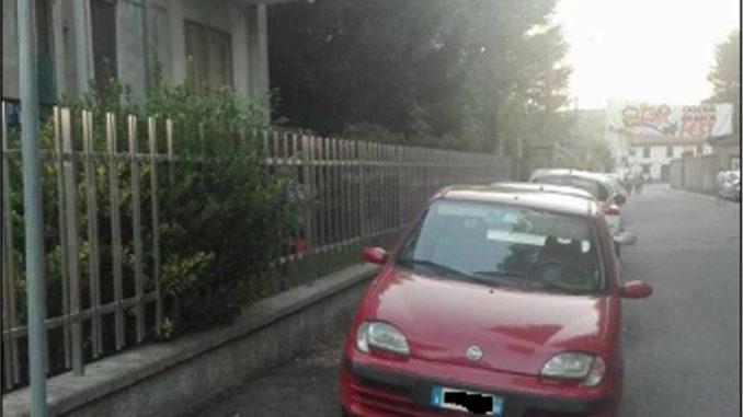 via roma parcheggi