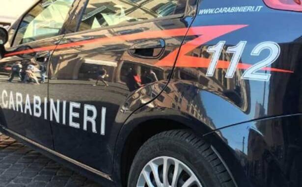 carabinieri Il questore chiude anche il Fellini Club House di Pogliano. Troppi eventi violenti Piazza Litta Prima Pagina