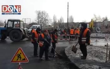 doni-2-350x222 Bombardamento ucraino sulla città di Donestk (video) Piazza Litta Prima Pagina