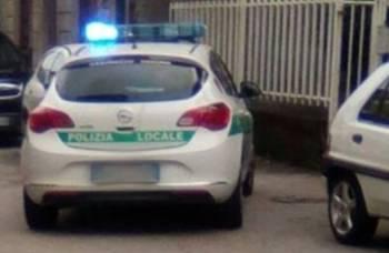 polizia-locale-350x228 Sospesa la patente al vicecomandante della polizia locale Piazza Litta Prima Pagina