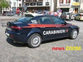 Carabiniere-rompe-finestrino-ZOOM Si gira ... e scappa. Il carabiniere però lo riconosce Cinisello Balsamo Cronaca Martesana
