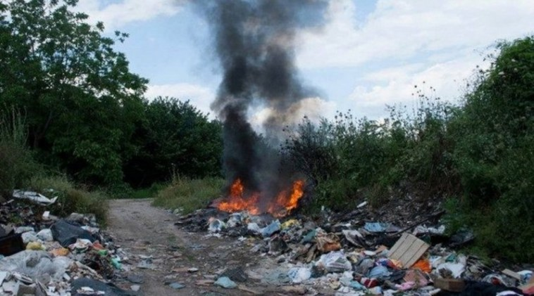 """G20, movimenti a Napoli: """"Qui si muore per Terra dei Fuochi"""""""