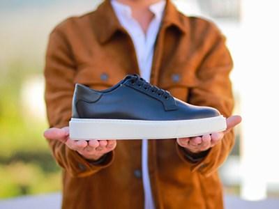 valorizzare ogni outfit con le sneakers robin firmate cristiano gualtieri