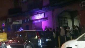 Napoli, festa di comunione con 200 persone in strada