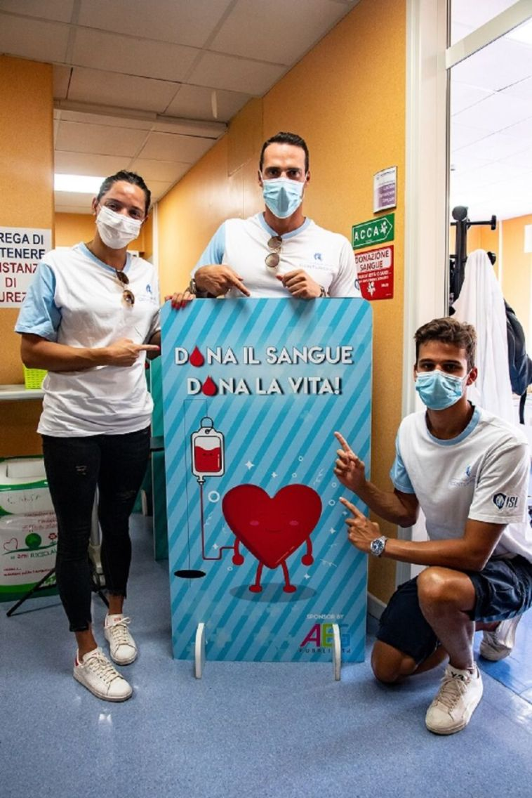 Napoli, gli Aqua Centurions donano il sangue al Pausilipon