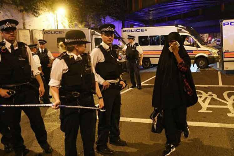 Acusan de terrorismo al agresor de la mezquita de Londres